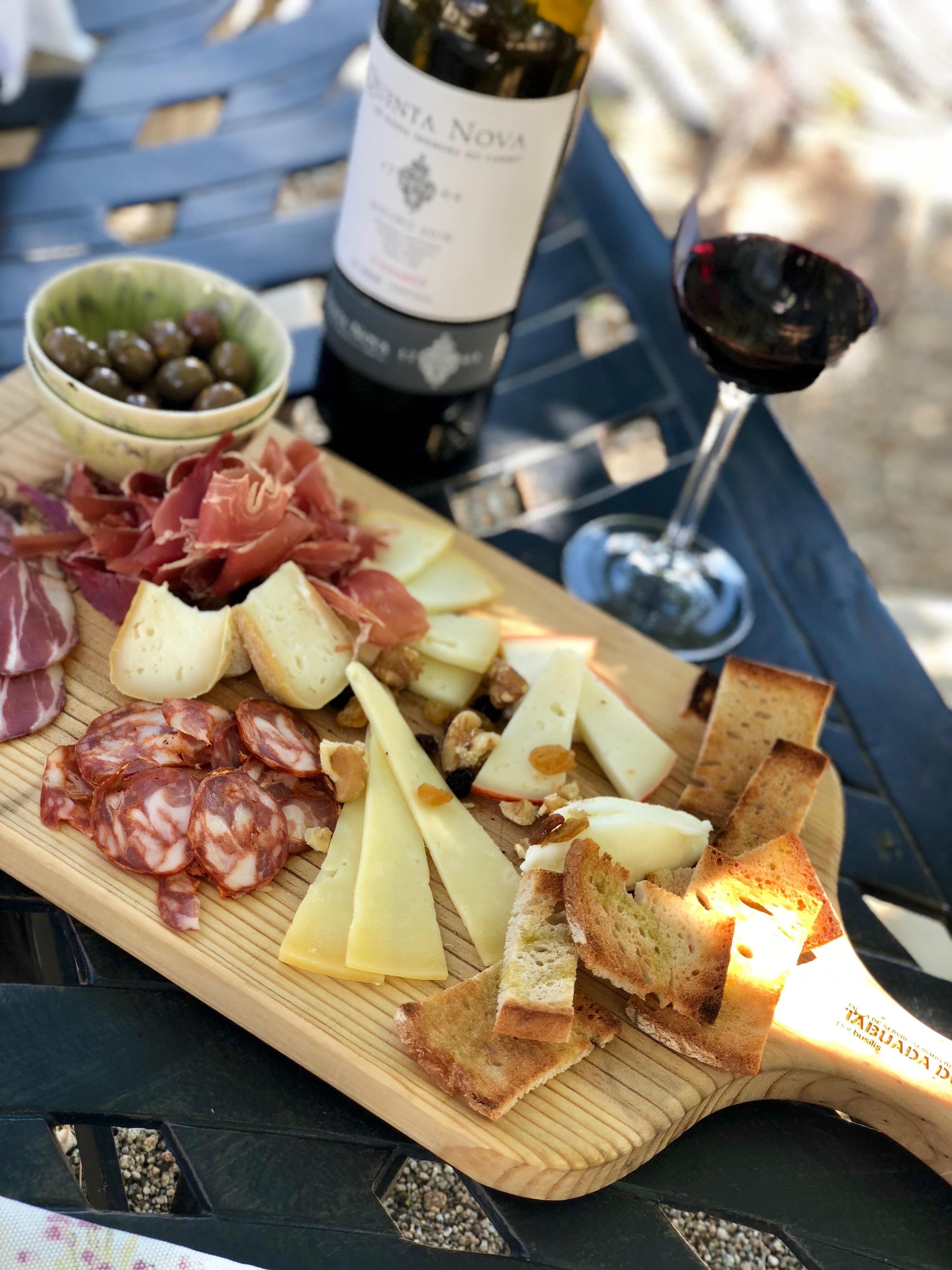 cristina nogueras photography portugal douro quinta nova wine and cheese vacation